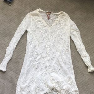 Johnny Was White Embroidered Tunic sz. XS